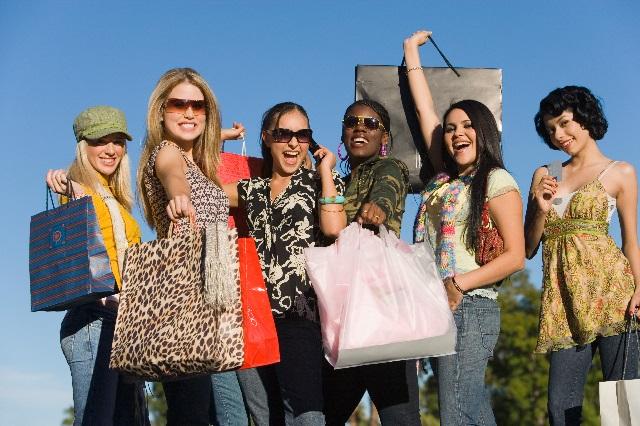 Popular Girls Shopping Trip
