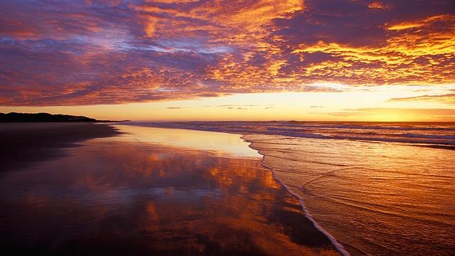beach-647729_640